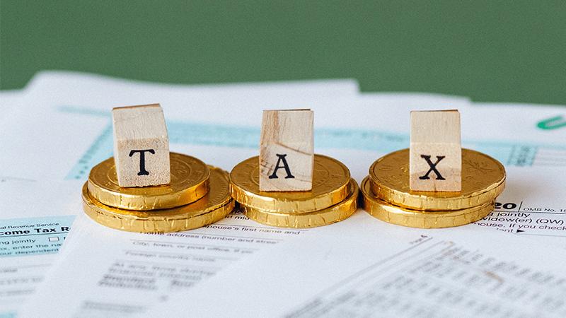 Wat betekent tijdelijke werkloosheid voor uw belastingen?